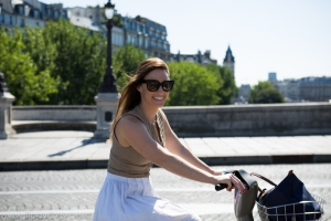 Riding around the streets of Paris = brilliant!